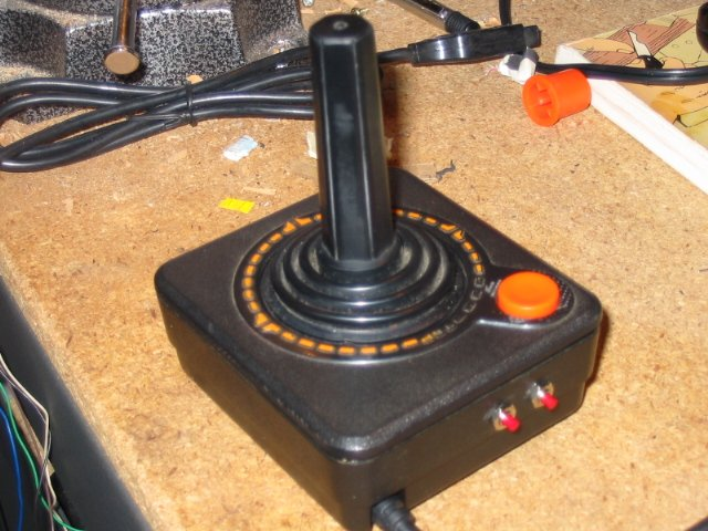 cx40mod1 atari 7800 joystick schematic byo atari 7800 controller on byo Western Joystick Controller Wiring Diagram at nearapp.co